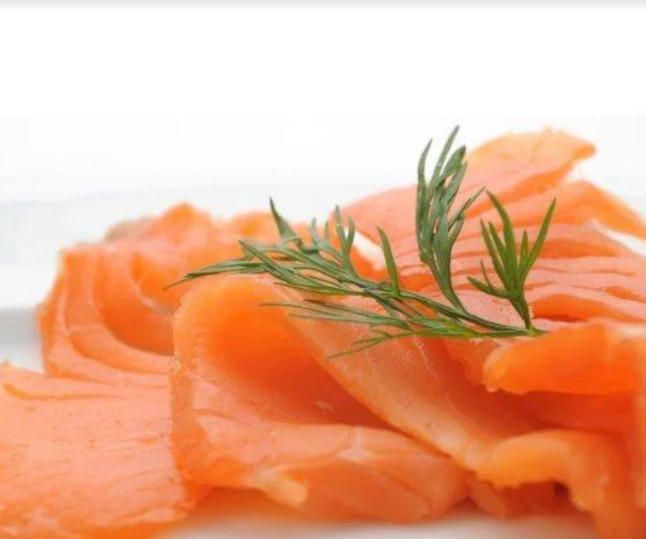 smoked salmon with dressing
